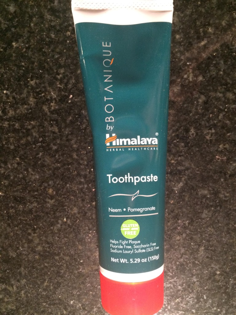 Himalaya Herbal Healthcare Natural Toothpaste Review